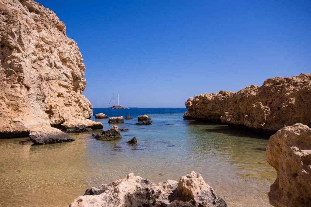 5 Mind-Blowing Secret Beaches In Egypt That You've Probably Never Heard About.